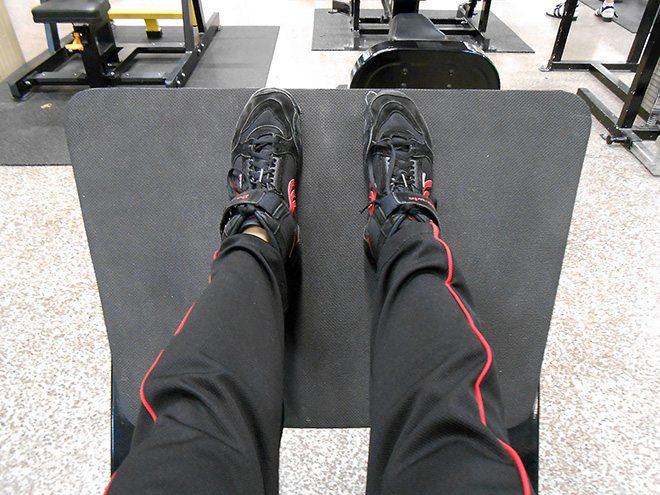 Polvivaivat-hack-jalka-asento