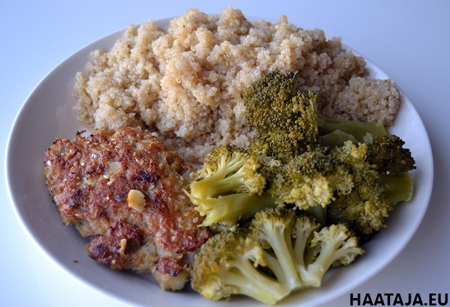 Kvinoa kana parsakaali