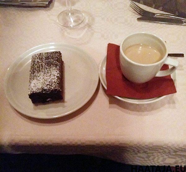 Makasiinin suklaakakku