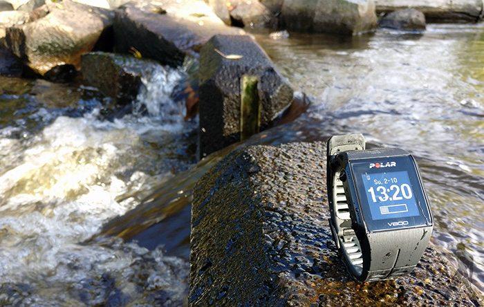 V800 on vedenkestävä aina 30 metriin asti